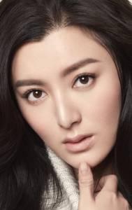 Тинцзя Чэнь