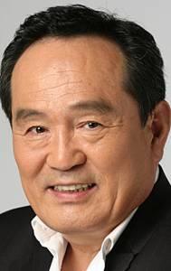 Пак Ин Хван