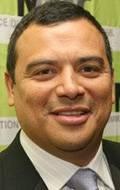 Карлос Менсиа Carlos Mencia